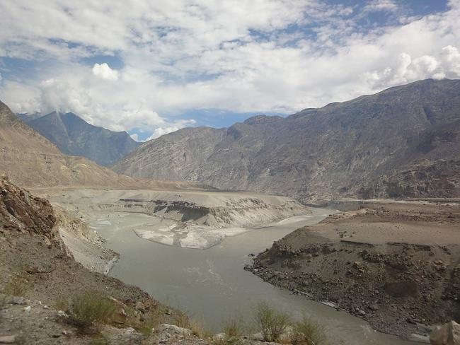 The confluence of the Indus and Gilgit river